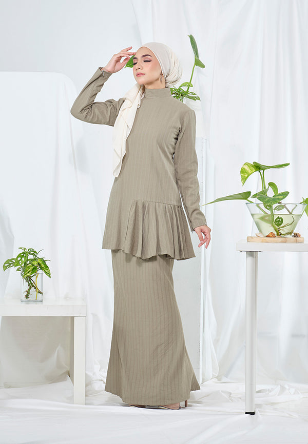 Lana Kurung Dusty Green