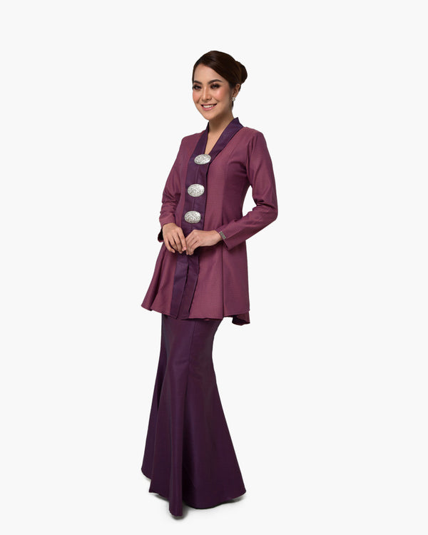 Kebaya Queen Purple
