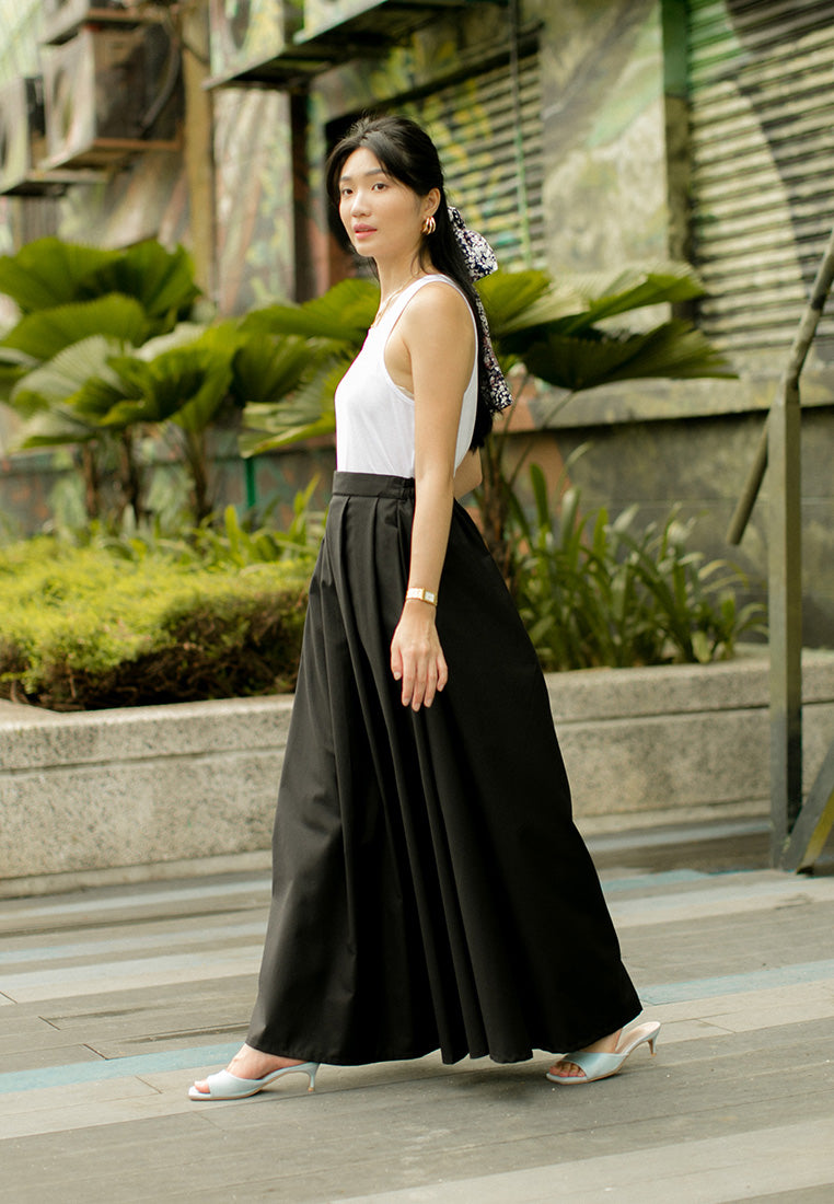 Nadhea Skirt Black