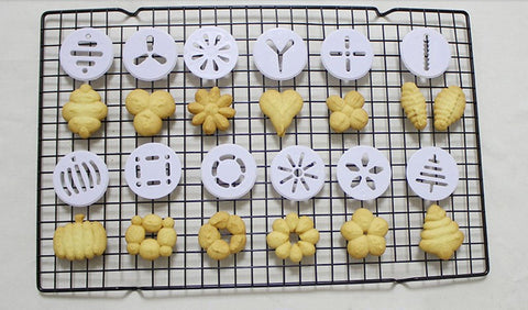 Image of Pastry Baking Press Gun + 6 Pastry Tips + 12 Flower Molds - Your Lifestyle Corner