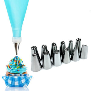 Promotional Offer Cake Decoration Set - Includes 12 Stainless Steel Piping Nozzles & Silicone Bag - Your Lifestyle Corner