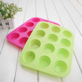 12-Cupped Cake Molding Tray