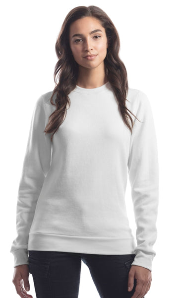 Bamboo sweater in white on a woman.