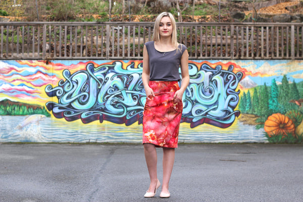 Tucked in view of the bamboo t shirt and bamboo skirt.