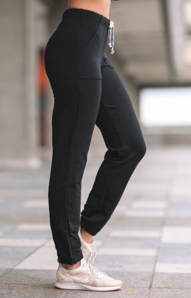Side view of the black bamboo pant.