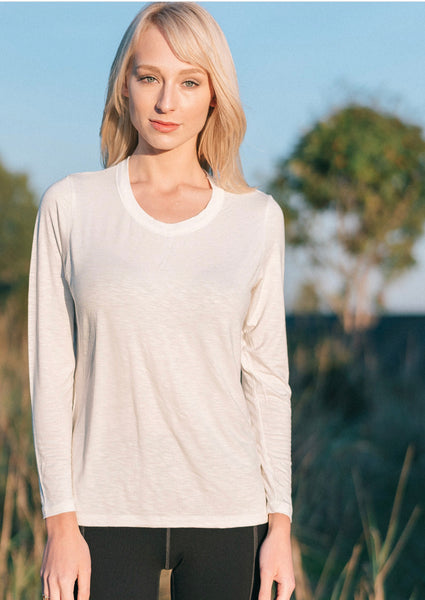 Bamboo top long sleeve front view.