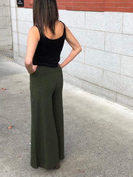 Back view bamboo pant, wide leg in heather forest colour.