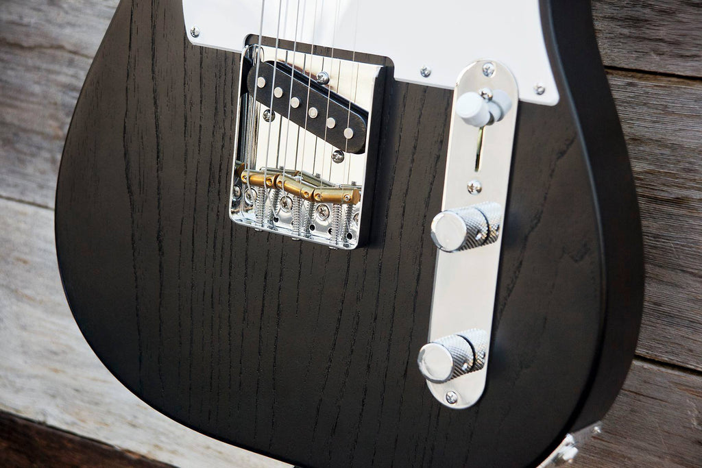 Jennings Guitars Announce 'Navigator' - Their homage to an icon