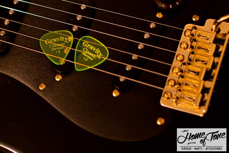 Product Test - Gravity Picks 'Classic' Master Finish