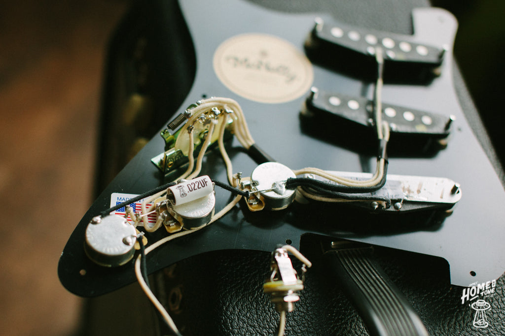 How to Guide - Fitting a Pre-Wired Harness to a Stratocaster!