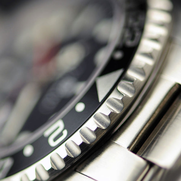 steinhart gmt ocean 1 black red