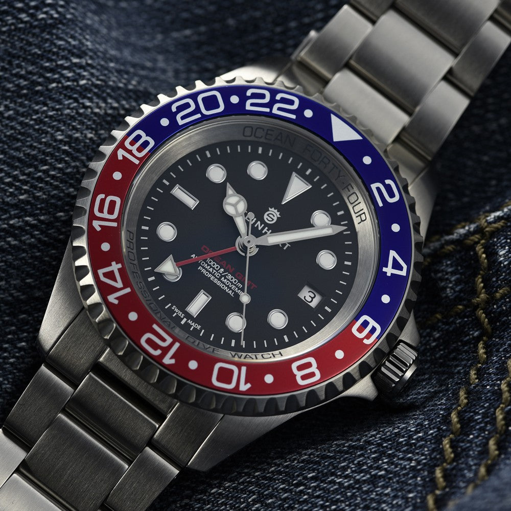 STEINHART OCEAN FORTY-FOUR GMT BLUE-RED