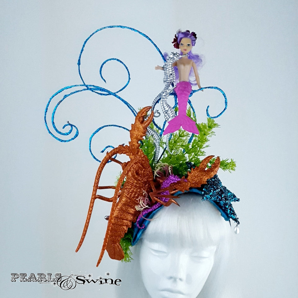 Eccentric Mermaid under the sea hat