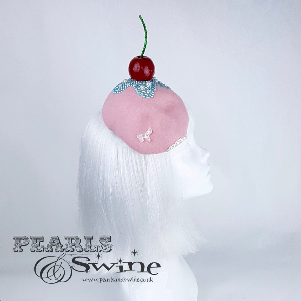 """Crema"" Crystal Skull Cherry Hat"