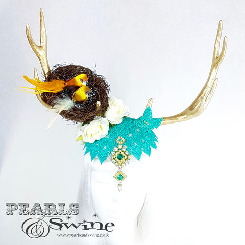 golden antlers fascinator
