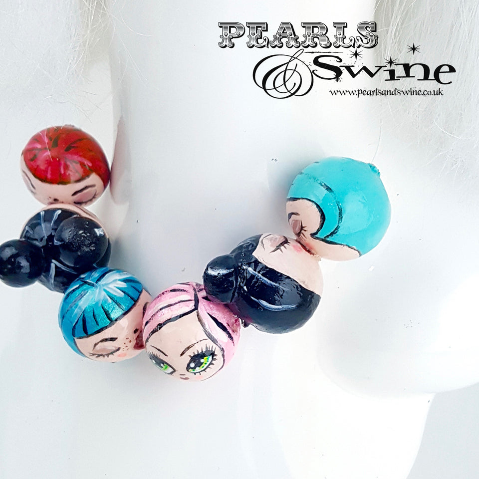 """Kissing Poppets"" Bubble DollFace Necklace"