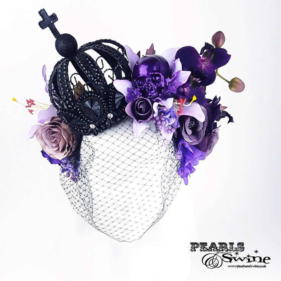 black crown hat fascinator
