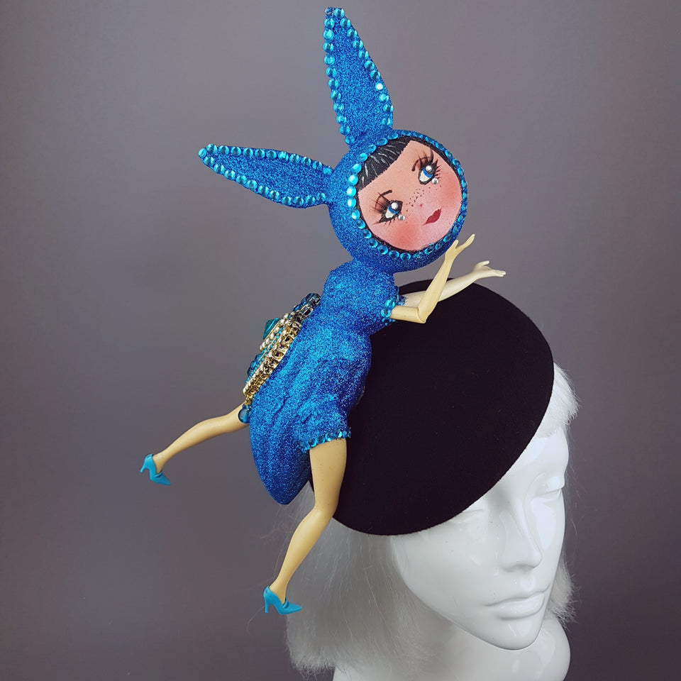 """Moment de Rêve"" Surreal Insect Blue Doll Face Hat"