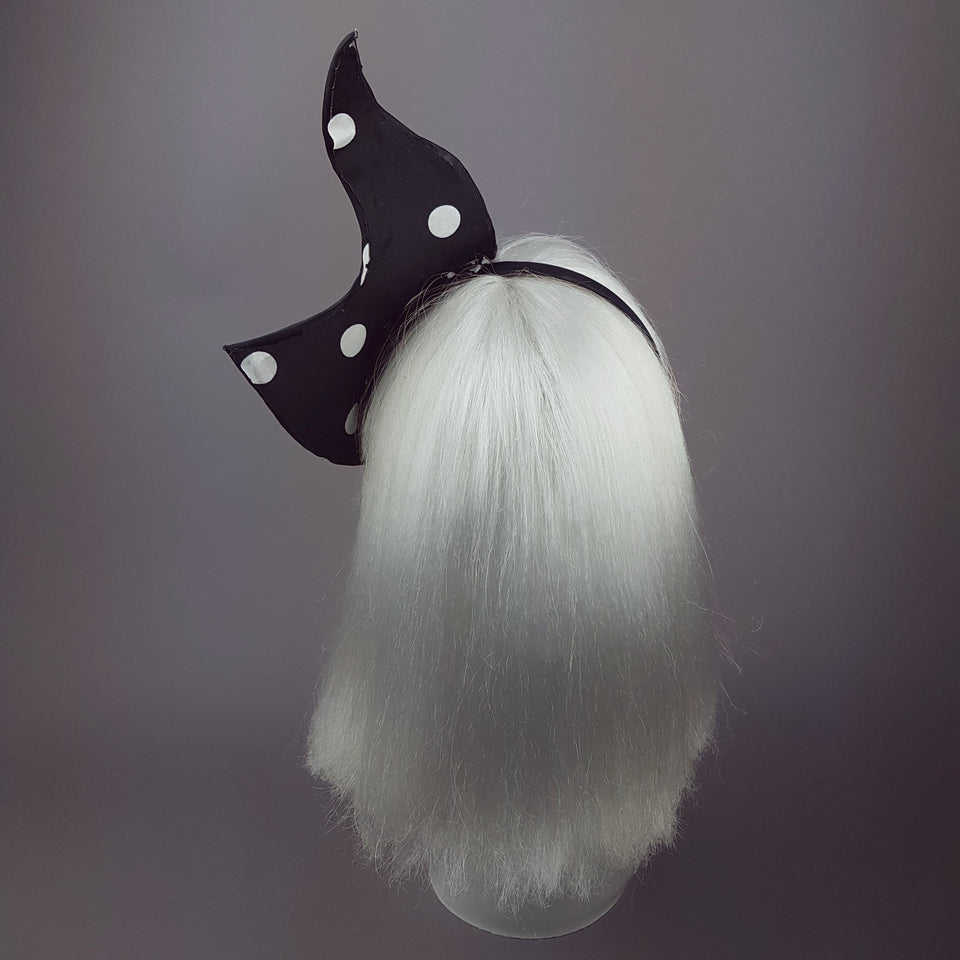"""Soleares"" Black and White Polkadot Half Mask"