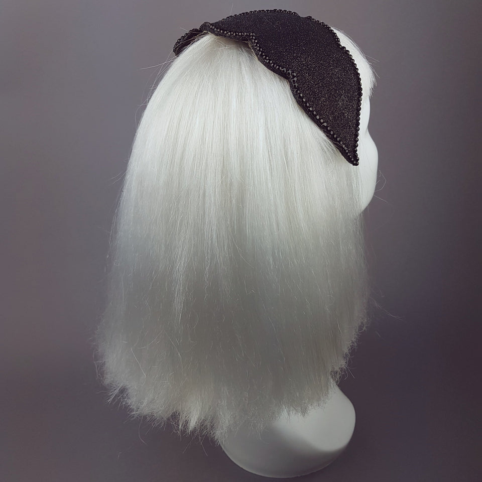 """Dame"" Black Glitter Vintage Headpiece"