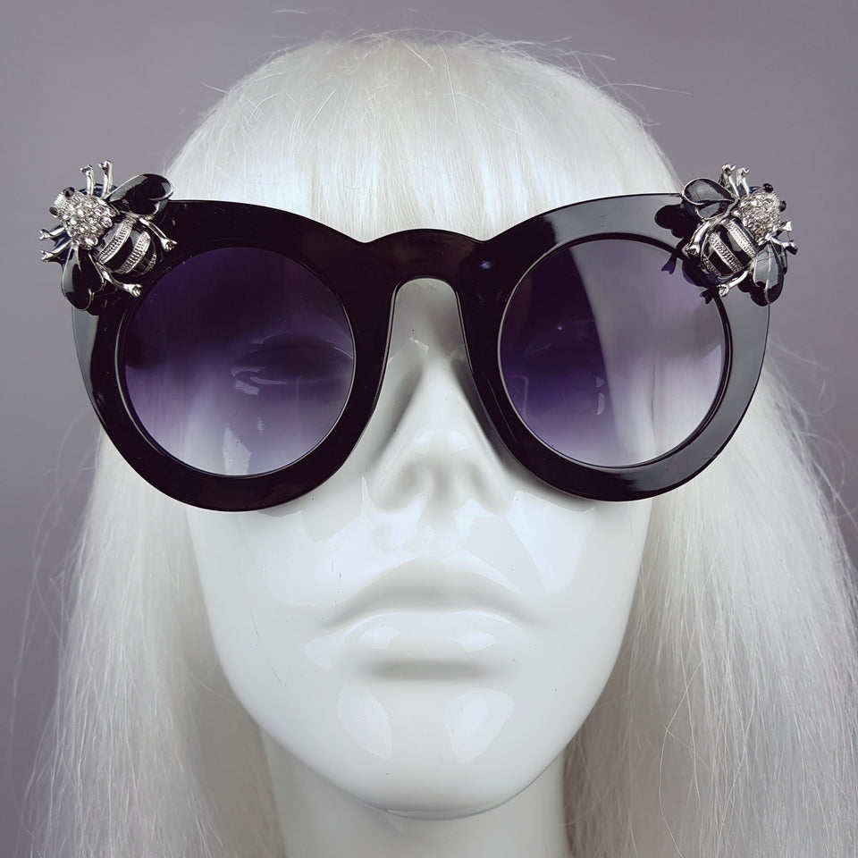 """Zumbido"" Silver Jewelled Bee Sunglasses"