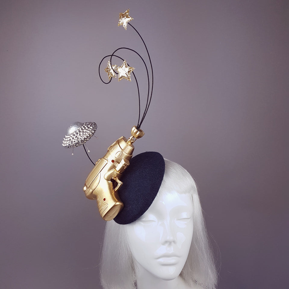 """Zapp"" Alien Retro Ray Gun UFO Space Barbarella Fascinator Hat"