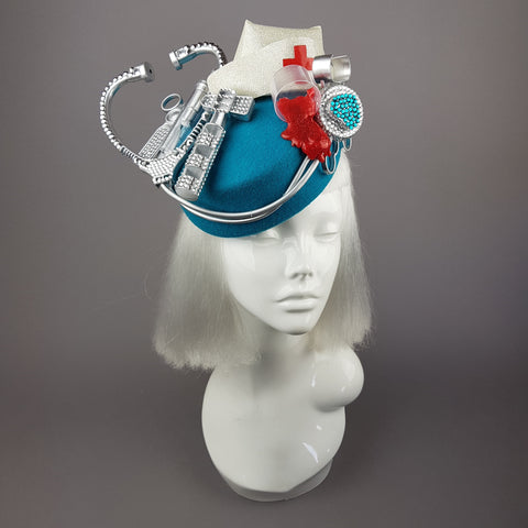 """Médico"" Medical Nurse Doctor Fascinator Hat"