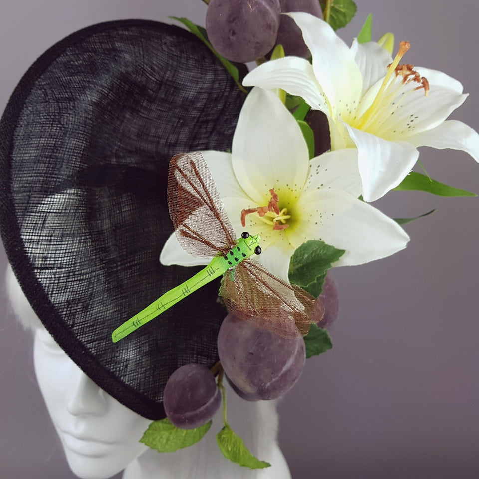 """Frutteto"" Plum, Lily, Dragonfly Hat"