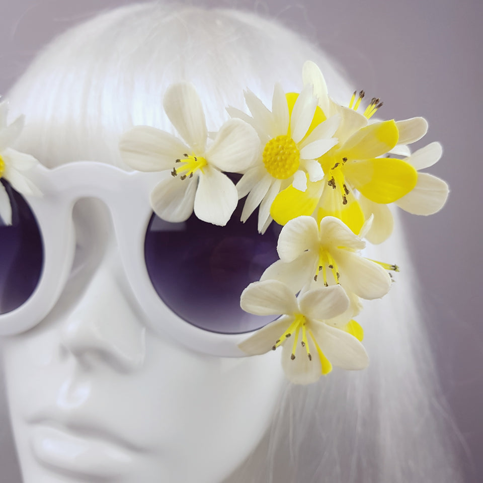 """Woodstock "" White Daisy Flower Power 70's Sunglasses"