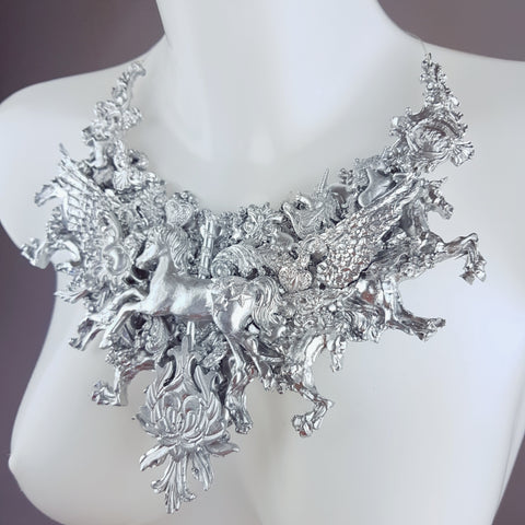 """Vanth"" Ornate Silver Filigree Neckpiece"