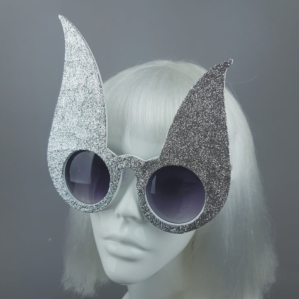 """Luppolo"" Silver Glitter Bunny Rabbit Ear Sunglasses"