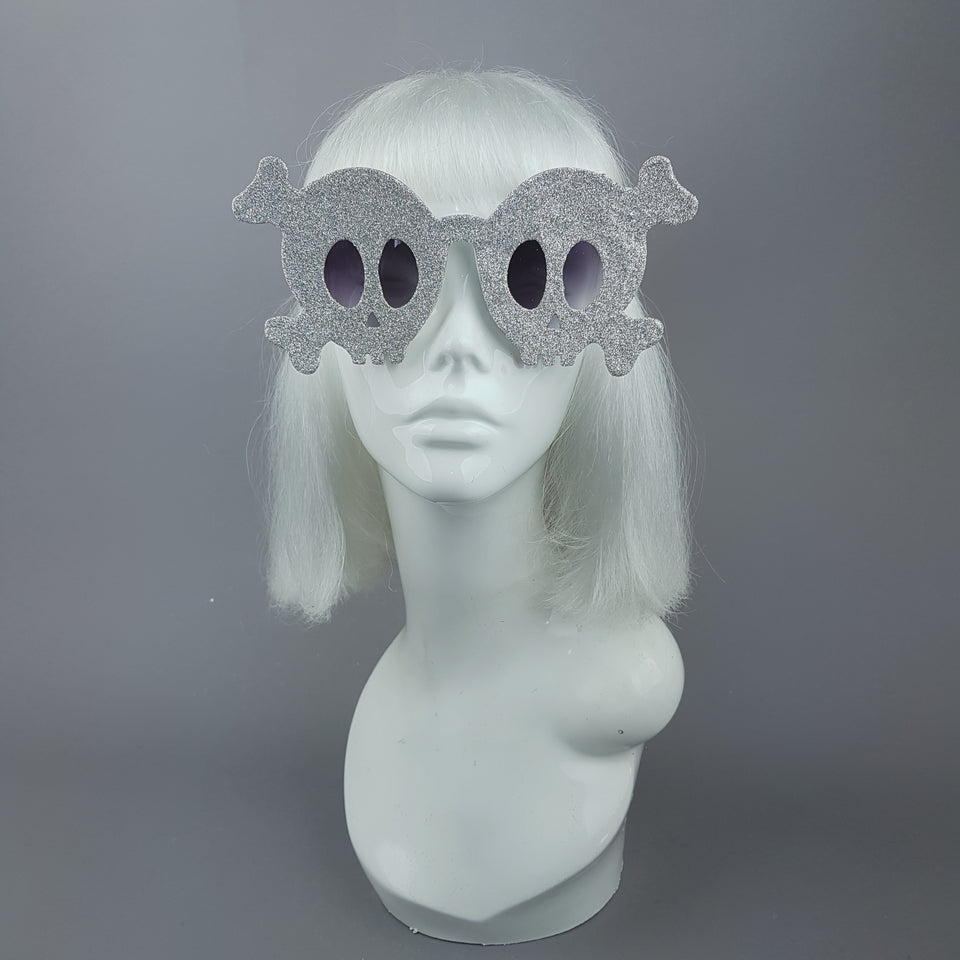 """Deadly"" Dimond Silver Glitter Skull Sunglasses"