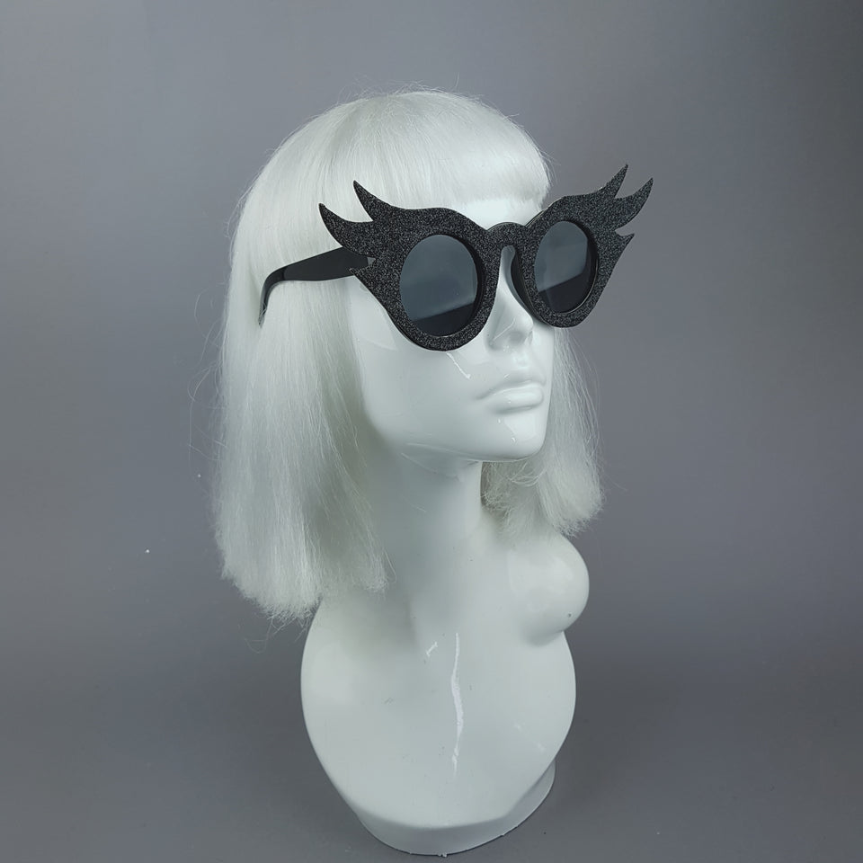 """Lashes"" Black Eyelash Glitter Novelty Statement Sunglasses"