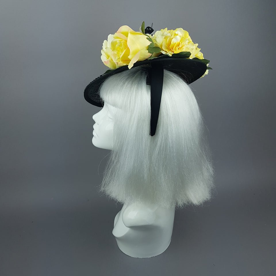 """Amoureuse"" Yellow Floral Black Hat With Bee"