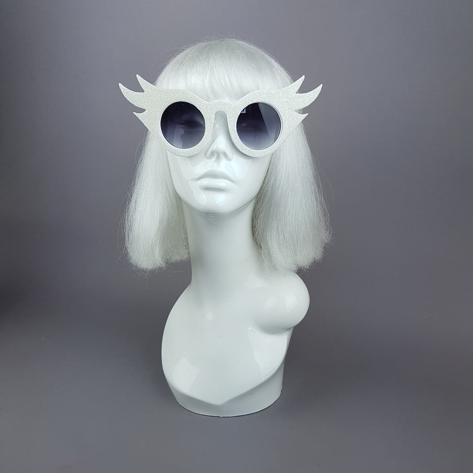 """Lashes"" White Eyelash Glitter Novelty Statement Sunglasses"