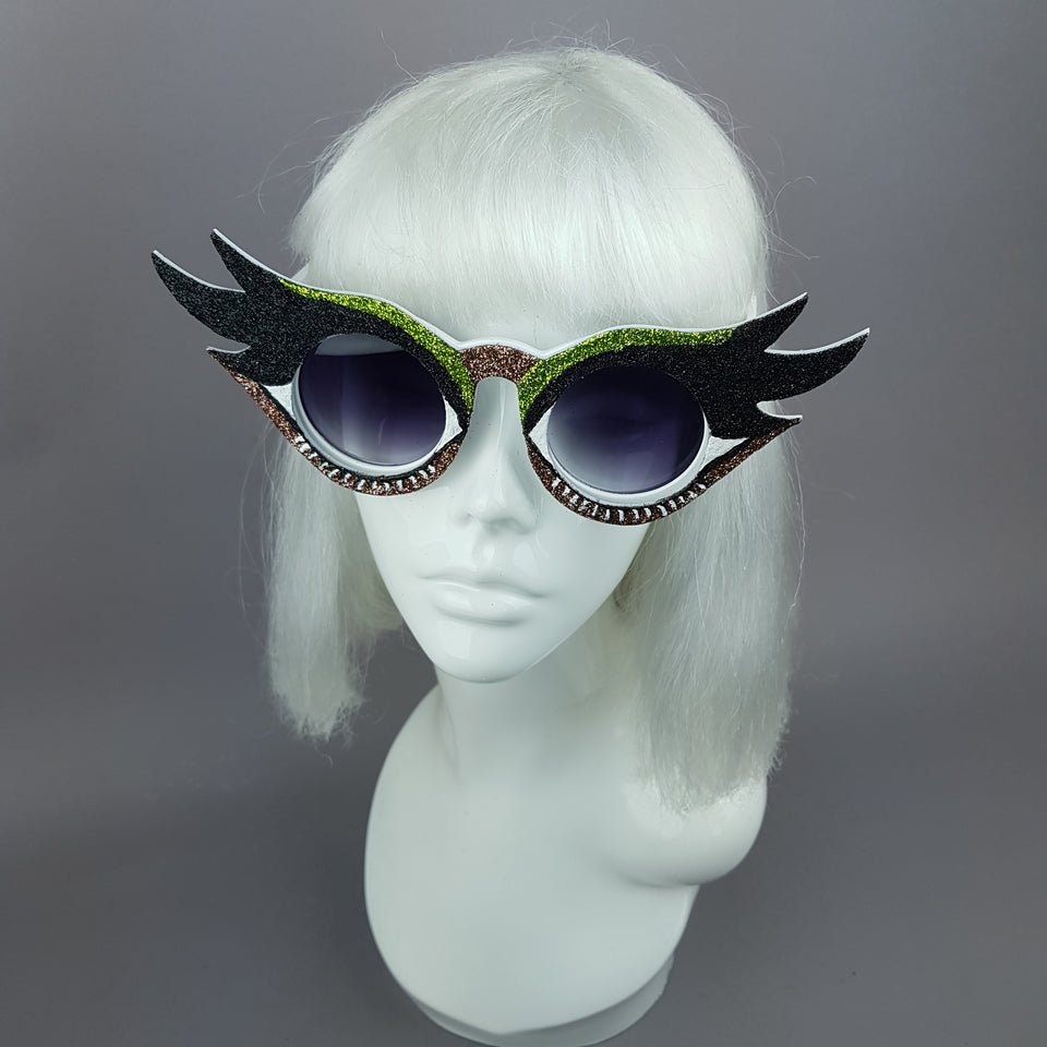 """Eyes Wide Open"" Eyelash & Eyeshadow Sunglasses (Light Brown)"