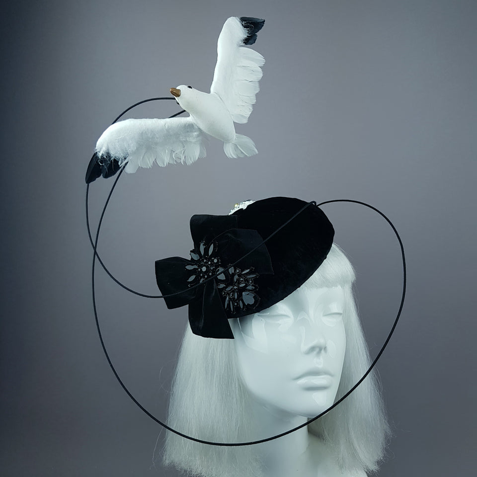 """Lucky"" Quirky Chic Seagull Poop Fascinator Hat"