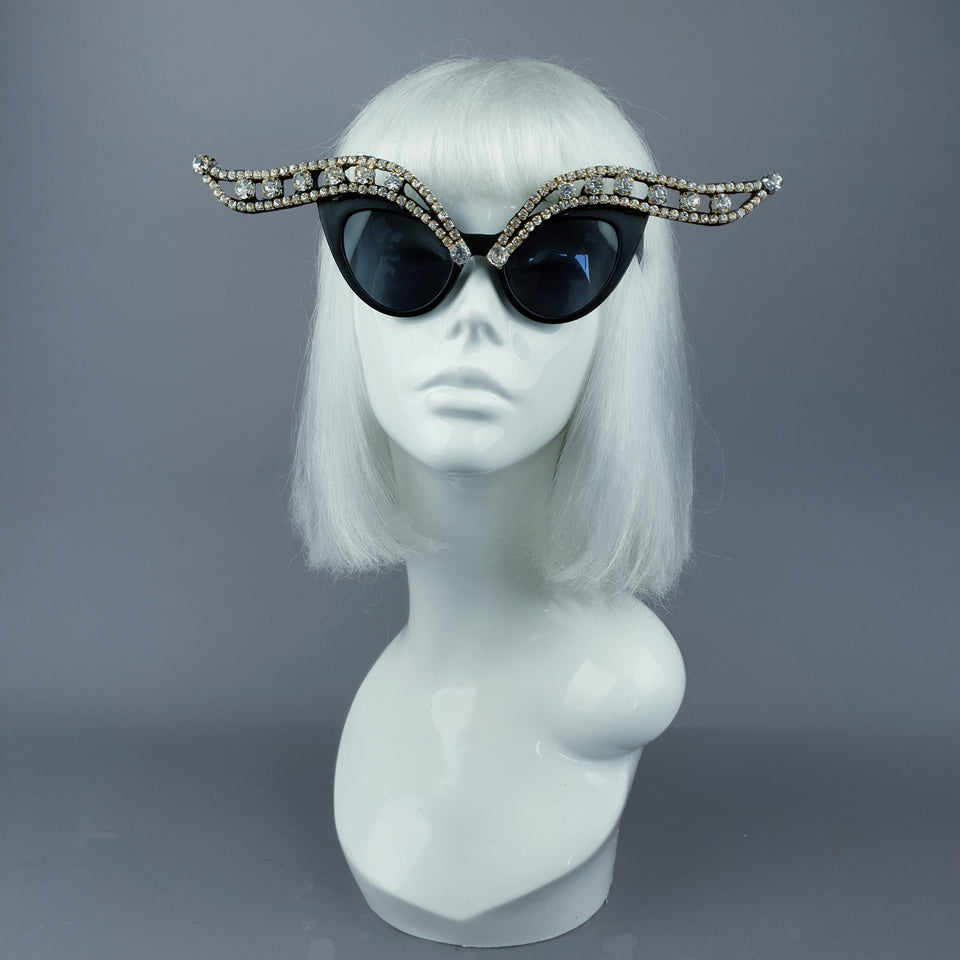 """Papillon de Nuit"" Jewel Cats Eye Sunglasses"
