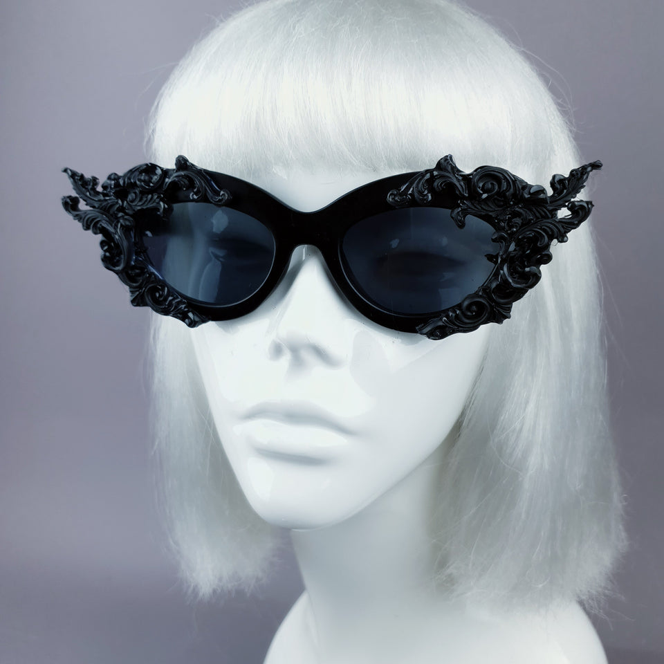 """Délerium"" Black Filigree Catseye Sunglasses"