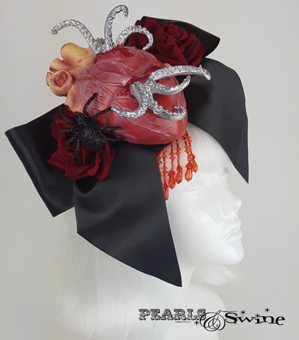 goth hat anatomical heart bow tentacles.