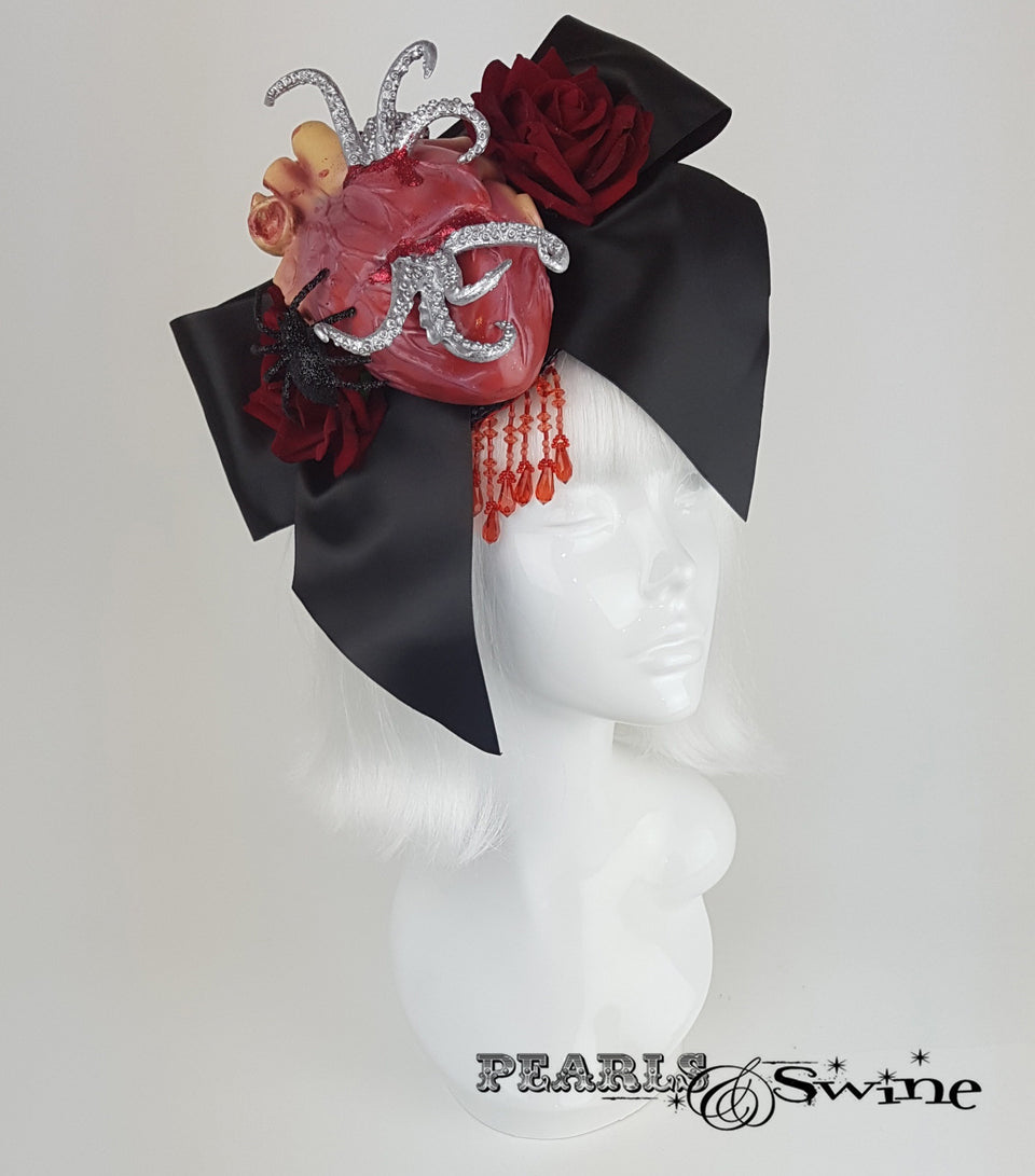 halloween hat anatomical heart bow tentacles.