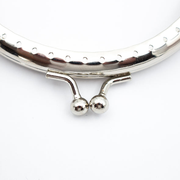 10cm*6cm- Curved Silver Closure Frame D-7-15