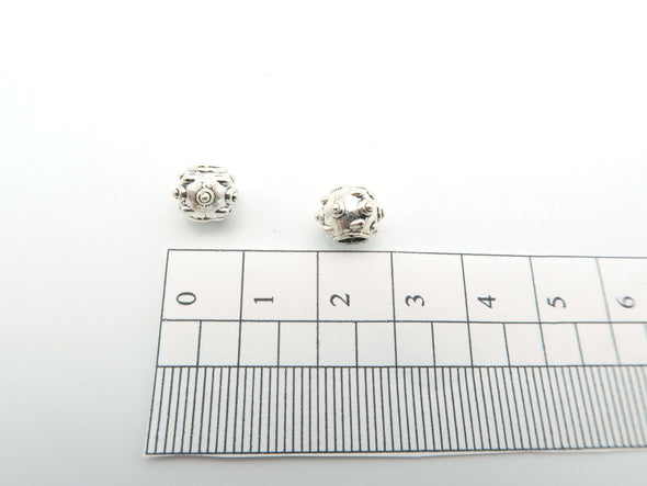 20 Pcs for 3mm round leather Antique Silver Beads with Peaks jewelry supplies jewelry finding D-5-3-2