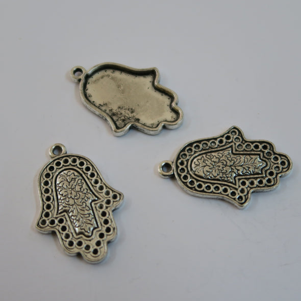 10 Pcs Antique silver HANDS jewelry supplies jewelry finding D-3-186