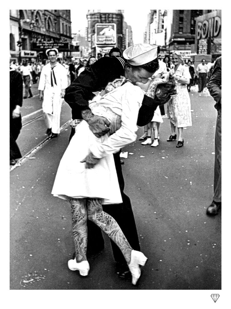 """VJ Day Kiss Tattoo"" by JJ Adams (limited edition print) - New Look Art"