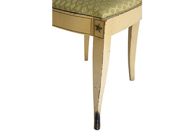 Arrow Back Vanity Chair