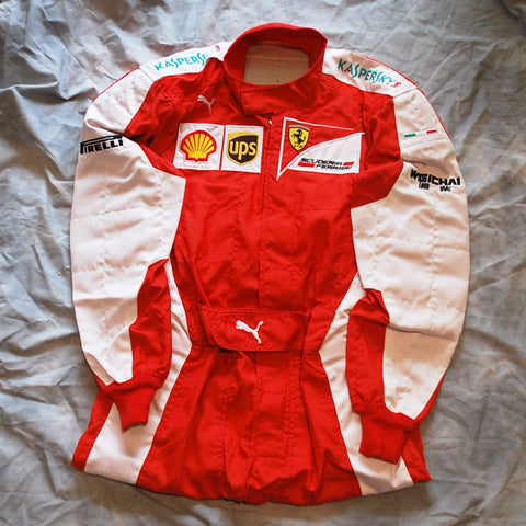Ferrari mechanics worn race suit overalls 2015 F1 Vettel