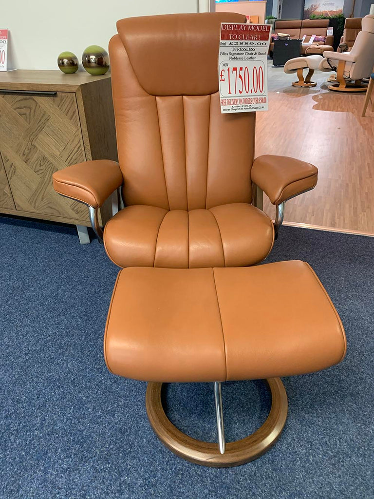 Stressless Bliss Signature Chair & Stool