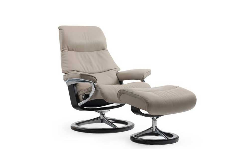 Stressless View Recliner Chair with Footstool (L) (Signature Base)