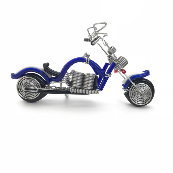Miniature Wire Art cruiser motor bike hand-crafted from aluminium wire